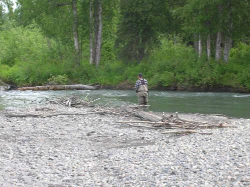 Fly Fishing Guides Flies Fishermen Gear River Rocky Beach 5-2017